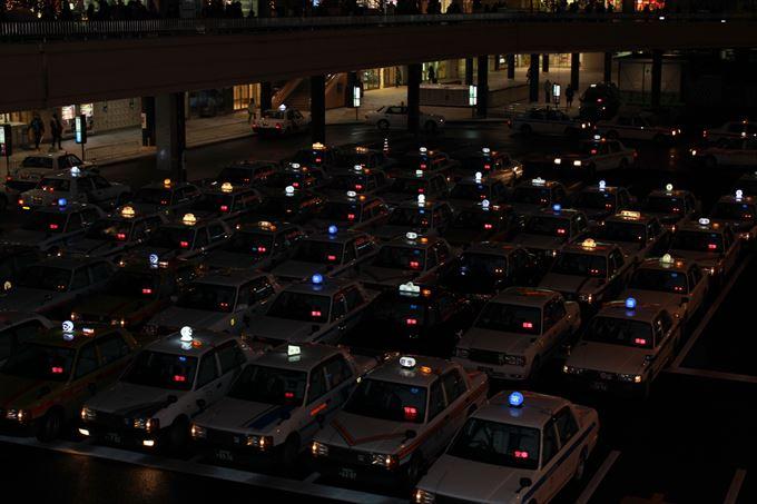 タクシーとハイヤーって使い分けていますか?